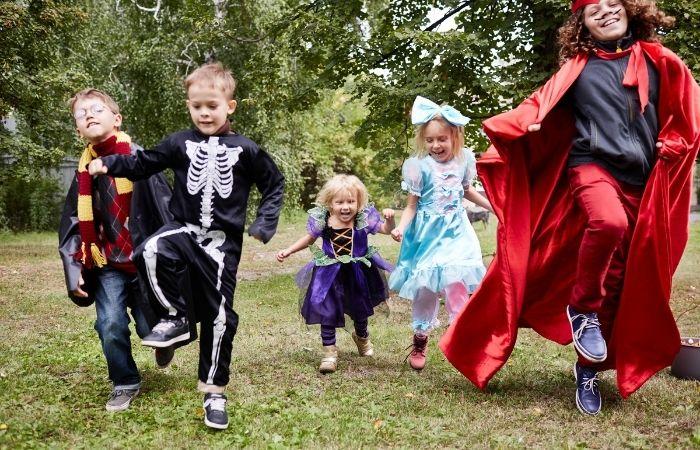 baile-halloween-humor-amarillo-vigo